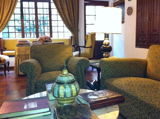 Hotel San Gabriel: Living room