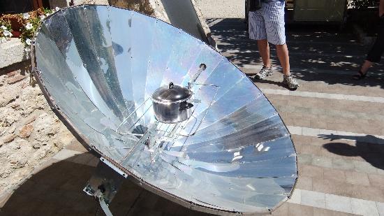 PeR - Il Parco dell'Energia Rinnovabile: Come far bollire l'acqua con il sole!