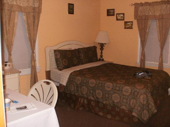 Jones Beach Hotel: Room #2 view
