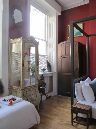 Artist Residence Brighton: room