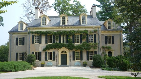 Hagley Museum and Library : Family Housse