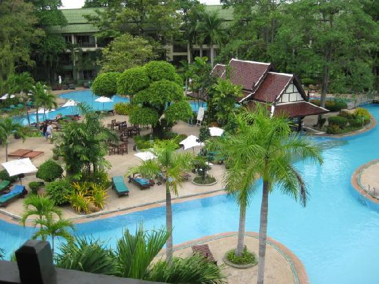 Green Park Resort: Photo of the pool from our room balcony
