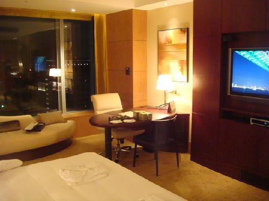 Shangri-La Hotel, Tokyo: ホテル内