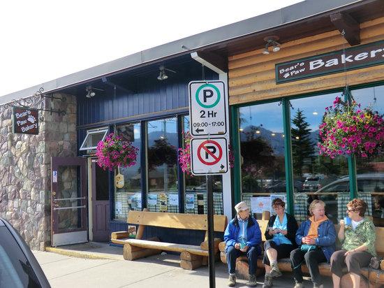 Bear's Paw Bakery: 店の外観