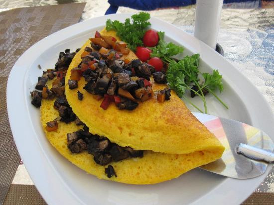 Moonlit Cove B&B: Veggie Omelet