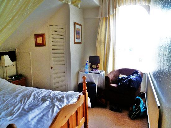 Denehurst Guest House: Our room (room 5)