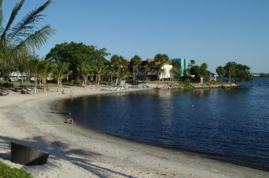 Club Med Sandpiper Bay: river view - beach