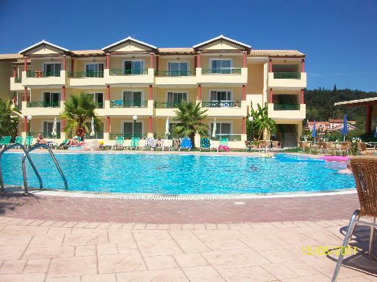 """Damia Hotel: """"Quality"""""""