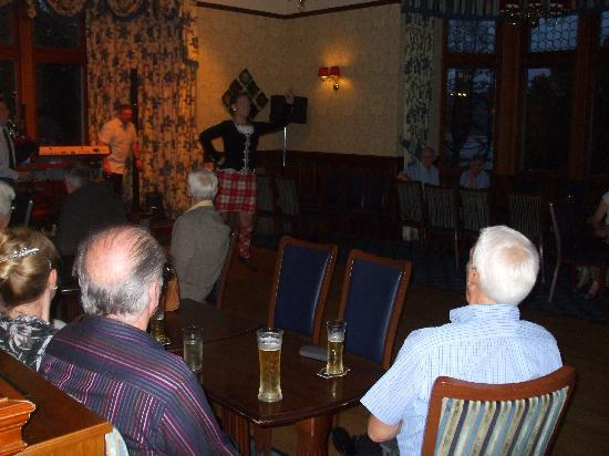 Highland Hotel: variety of entertainment