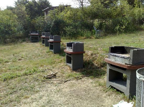 Trevi nel Lazio, Italia: barbecue-area pic nic-