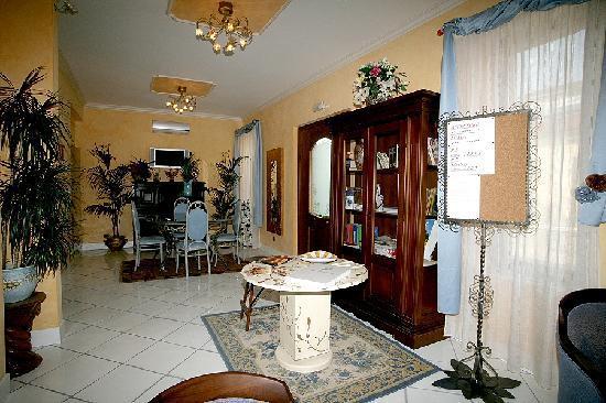 Residence Criro: RECEPTION