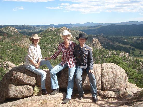 Sundance Trail Guest & Dude Ranch : Stopping for a breather to enjoy the view