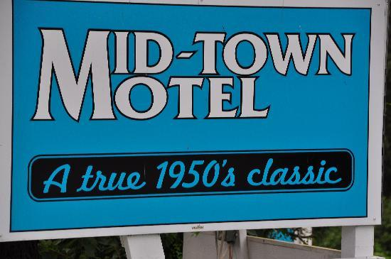 Mid-Town Motel: Midtown motel