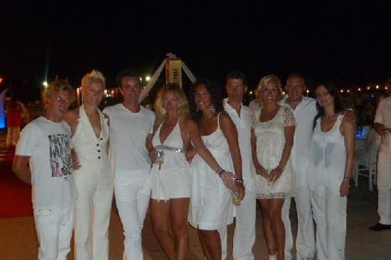 Club Med Kemer : White Sensation Night
