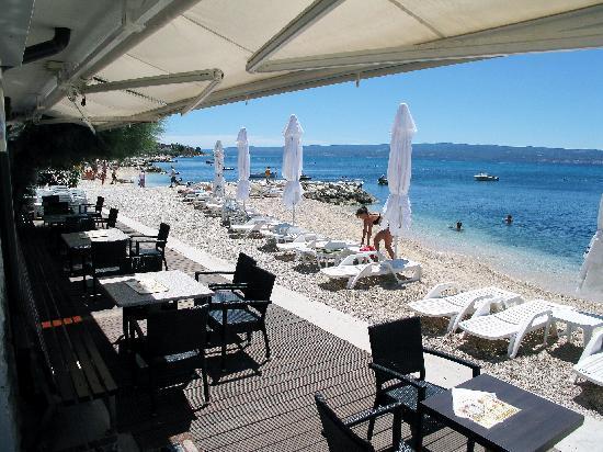 Hotel Sunce: beach detail