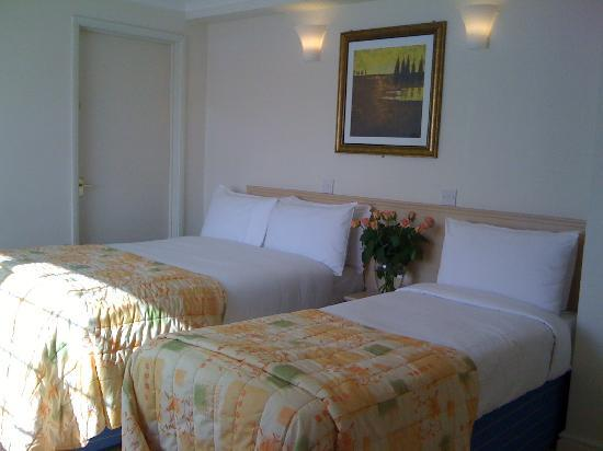 Travellers Inn Mallory Park Hotel Leicester: Family Room