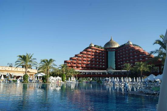 Delphin Palace Hotel: PISCINE