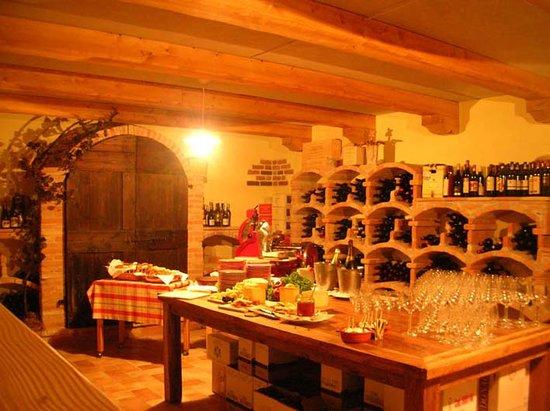Locanda Borgo Antico & Osteria Fra Dolcino : getlstd_property_photo