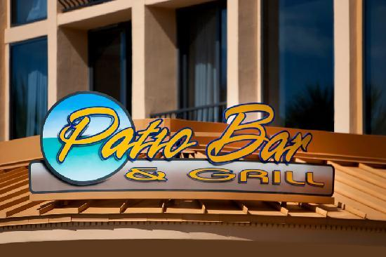 Wyndham Deerfield Beach Resort: Patio Bar and Grill