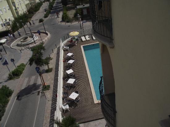 Hotel Alba: piscine vue de la chambre