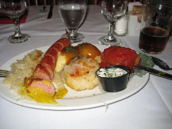 Wilno Tavern Restaurant: polish platter