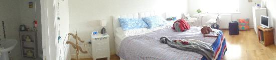 Sleeperzzz Guest House : Sleeperzzz 'Seaside' Room - panoramic view