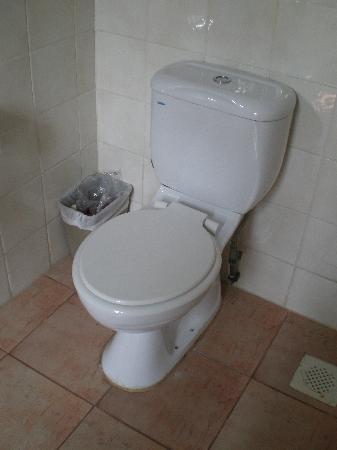 Keong Saik Hotel: The toilet