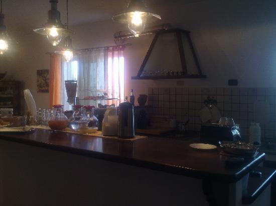 Casa Galez: angolo colazione