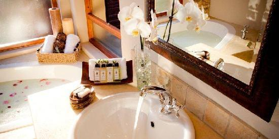 Idwala Boutique Hotel Johannesburg: Bathroom at Idwala