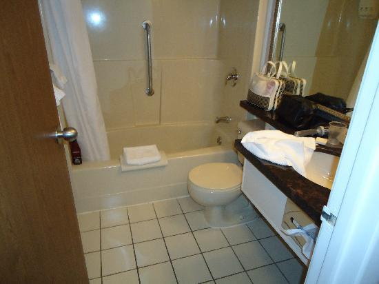 Best Western Northgate Inn: Bathroom