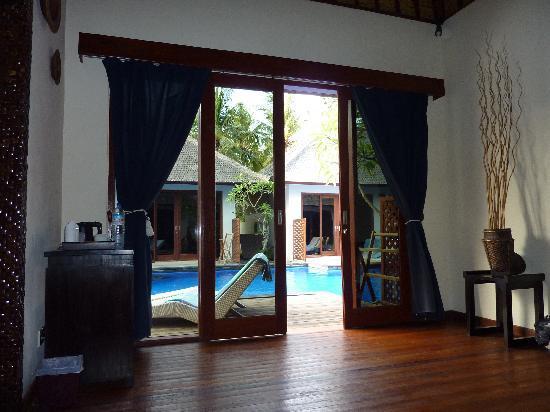 Luce d'Alma Resort & Spa: Accès piscine depuis villa