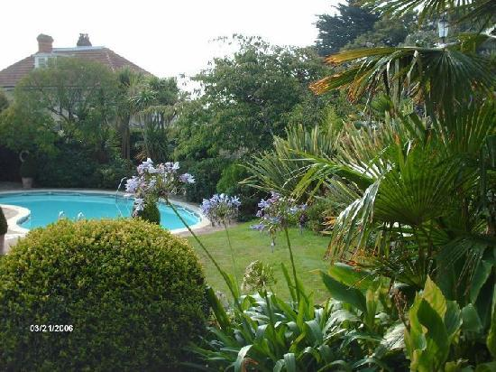 The Royal Hotel: pool and garden