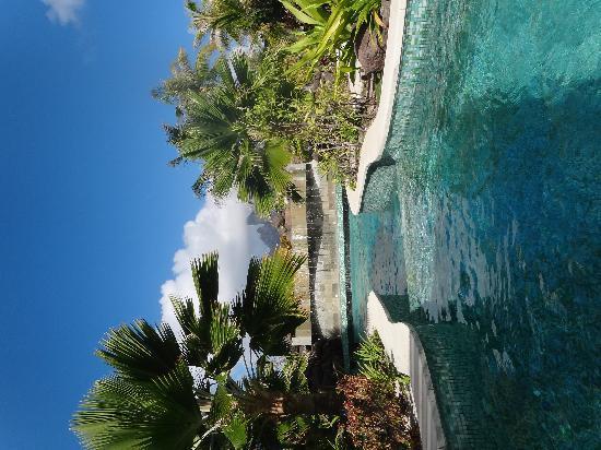 St. Regis Bora Bora Resort: Private Oasis Pool
