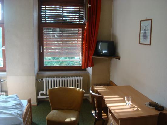 Hotel Feilen Wolff: Inside room