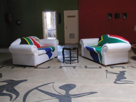 Happy Hippo Accommodation: Lounge area
