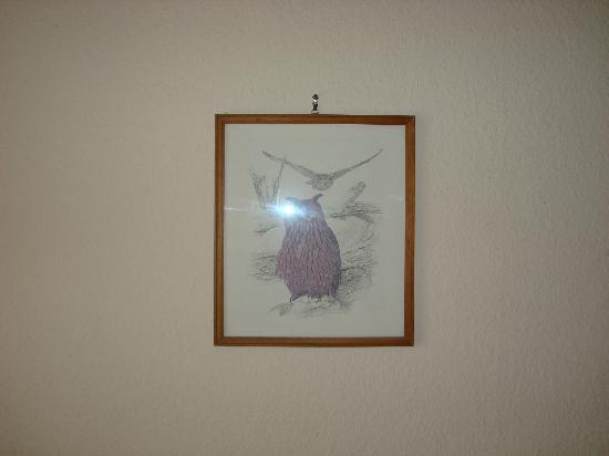 Hotel Feilen Wolff: This picture of an owl was on the wall....