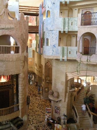 Lella Baya: Hotel 3