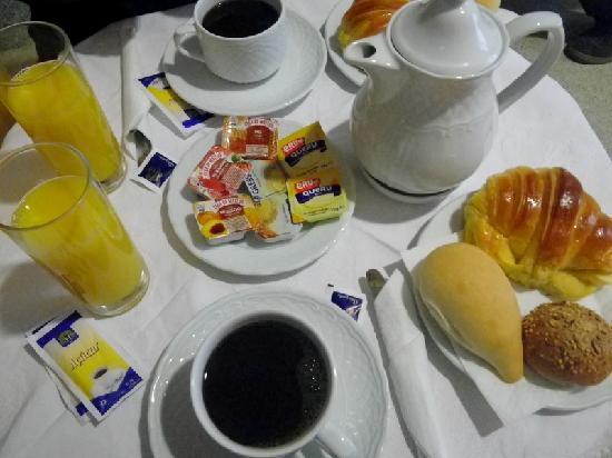 Pensao Cristal: le petit déjeuner