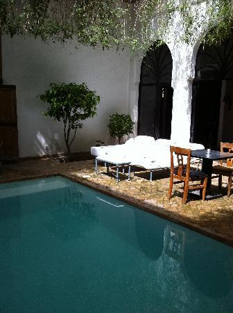 Riad Al Assala: Pool
