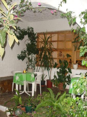 Hotel Idi : the veranda