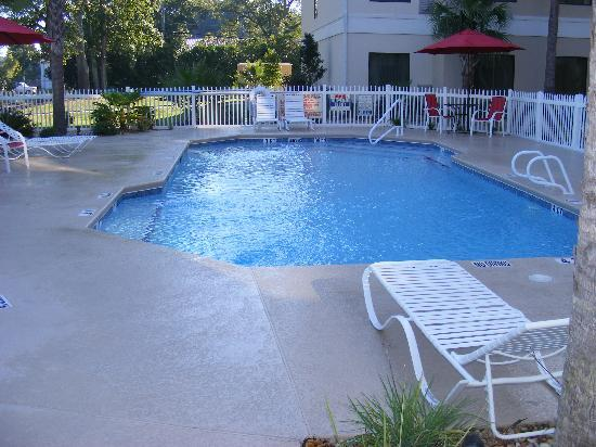 Best Western Plus Valdosta Hotel & Suites: pool