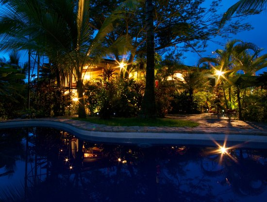 Welcome to Villas Oasis, the perfect location in Manuel Antonio