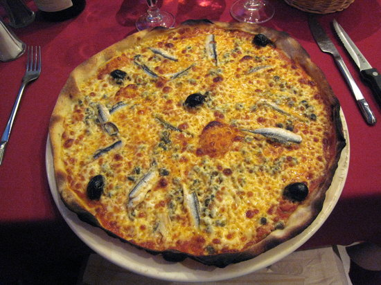 La Calabria: pizza siciliana