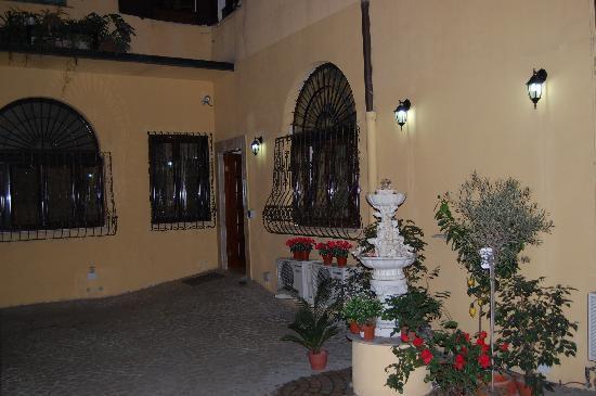 Hotel Filippo Roma: Entrada (interior)