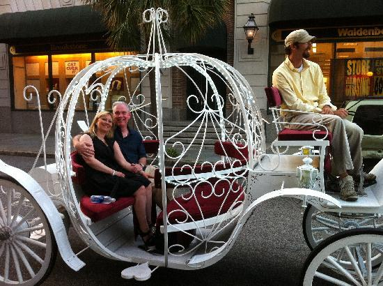 Renaissance Charleston Historic District Hotel: Carriage Ride arranged by hotel