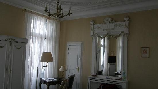 Best Western Hotel D'Anjou : chambreB