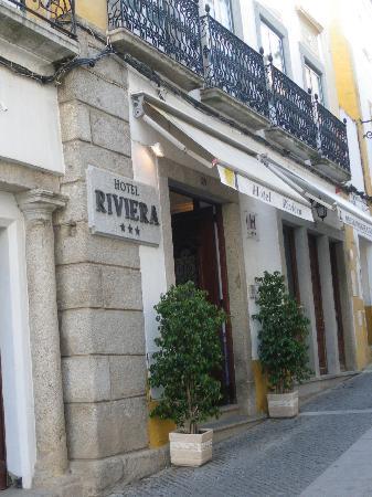 Hotel Riviera: Exterior of hotel