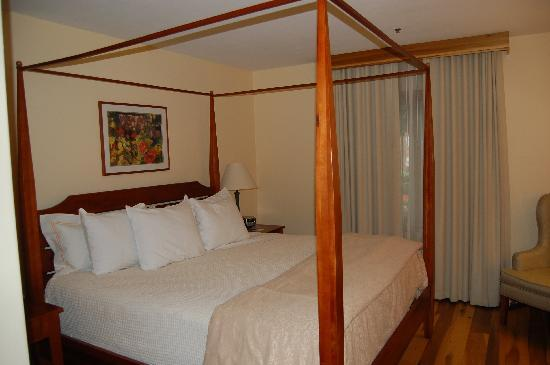 New Harmony Inn Resort & Conference Center: Very comfortable!