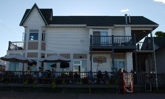Pier Plaza Restaurant & Pickled Herring Lounge: Pier Plaza Restaurant