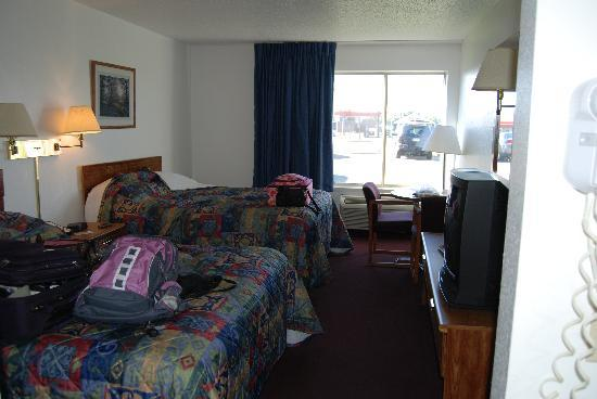 Turtle Lake, WI: The Hotel Room